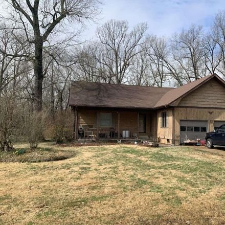 Rent this 3 bed house on 5 Hickory Lane in Metropolis, IL 62960