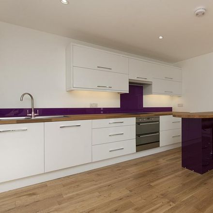 Rent this 2 bed apartment on Haydons Road Post Office in 256 Haydons Road, London SW19 8TT