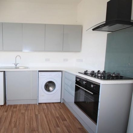Rent this 2 bed apartment on Carlton Road in Bournemouth BH1 3TG, United Kingdom