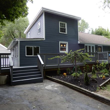Rent this 3 bed house on 15 Avenue A in Speigletown, NY 12182