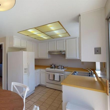 Rent this 1 bed room on 459 Offenbach Place in Sunnyvale, CA 94088-3707