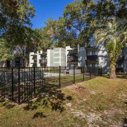 Rent this 3 bed condo on NW 39 Rd in Gainesville, FL