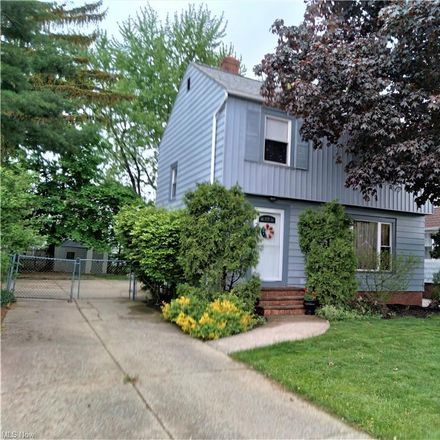 Rent this 3 bed house on E 119th St in Cleveland, OH