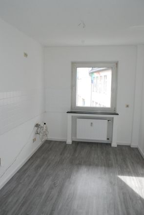 Rent this 3 bed apartment on Donnerstraße 161 in 45357 Essen, Germany