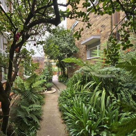 Rent this 2 bed apartment on Albertina Sisulu Road in Johannesburg Ward 124, Johannesburg