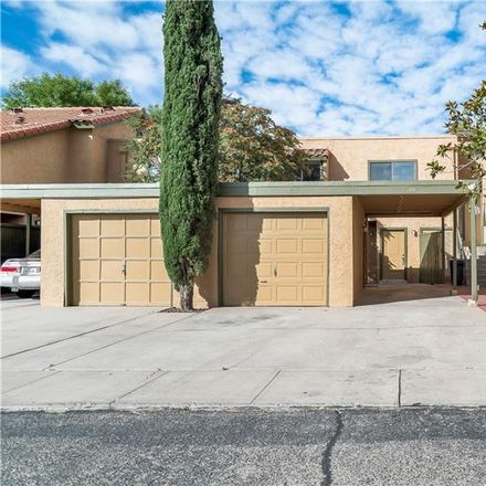 Rent this 3 bed apartment on 1644 Lomaland Drive in El Paso, TX 79935
