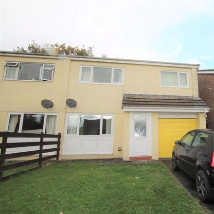 Rent this 4 bed house on Heol Alun in Comins Coch SY23 3BB, United Kingdom