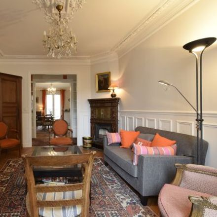 Rent this 3 bed apartment on 1 Rue Lecourbe in 75015 Paris, France