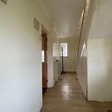 Rent this 3 bed house on Hall Road in Aveley RM15 4HR, United Kingdom