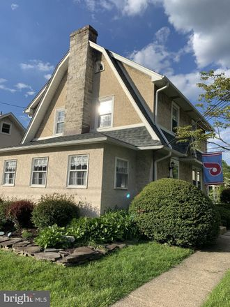 Rent this 3 bed house on 623 Foss Avenue in Upper Darby, PA 19026
