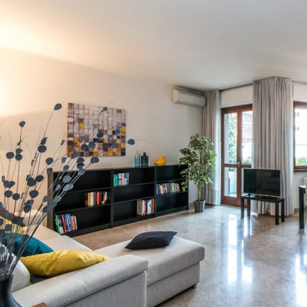 Rent this 3 bed apartment on Washington in Via Etna, 20144 Milan Milan