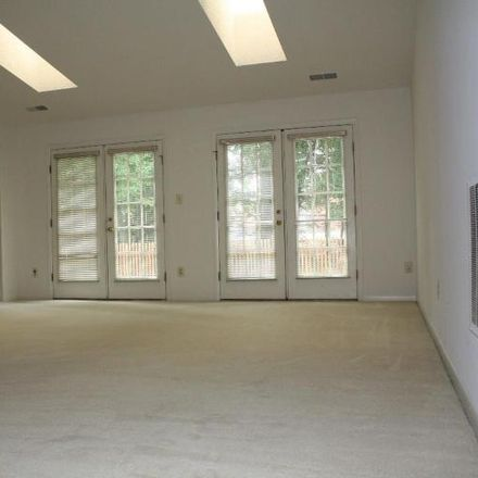 Rent this 3 bed house on 5504 Southport Lane in Sideburn, VA 22032