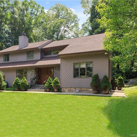 Rent this 4 bed house on 5 Bethea Drive in Cortlandt, NY 10562