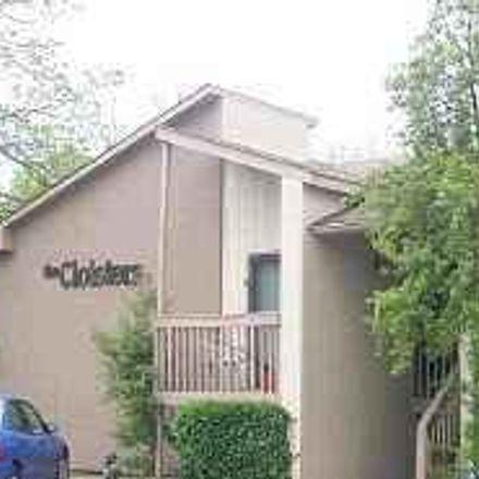 Rent this 1 bed condo on Fairfax Ave in Nashville, TN