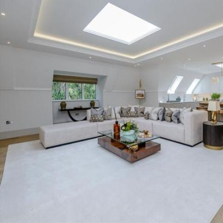Rent this 3 bed apartment on Brockenhurst Road in South Ascot SL5 9HB, United Kingdom