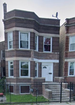 Rent this 5 bed duplex on 6954 South Bishop Street in Chicago, IL 60636