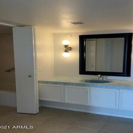 Rent this 2 bed condo on 2323 North Central Avenue in Phoenix, AZ 85004