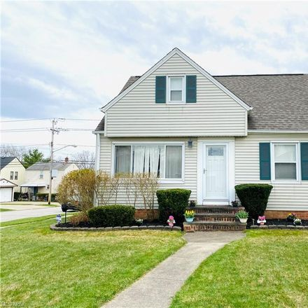 Rent this 3 bed house on 20616 Hillgrove Avenue in Maple Heights, OH 44137