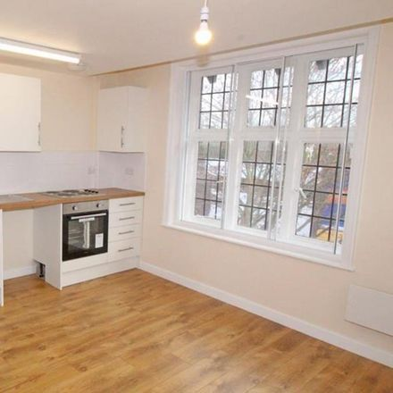 Rent this 2 bed apartment on The Swan Inn in Castle Street, Bassetlaw S80 1LQ