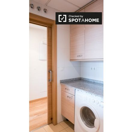 Rent this 2 bed apartment on Polígono Industrial Las Mercedes in Calle Zambrana, 28001 Madrid