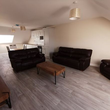 Rent this 2 bed apartment on Piker's Lodge in L1050, Loch Gowna (Scrabby)
