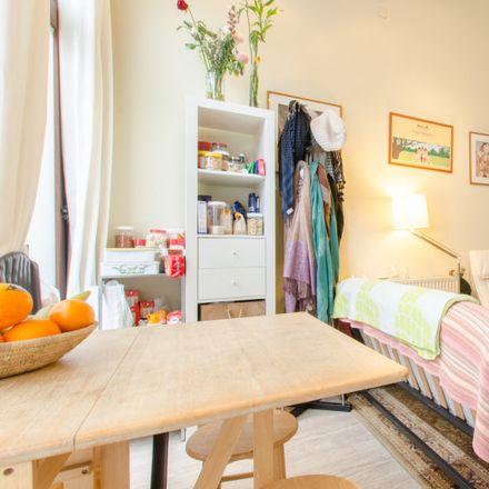 Rent this 0 bed apartment on Rue des Ménages - Huishoudensstraat 16A in 1000 Ville de Bruxelles - Stad Brussel, Belgium
