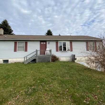 Rent this 3 bed house on 198 Eighmy Rd in Honesdale, PA