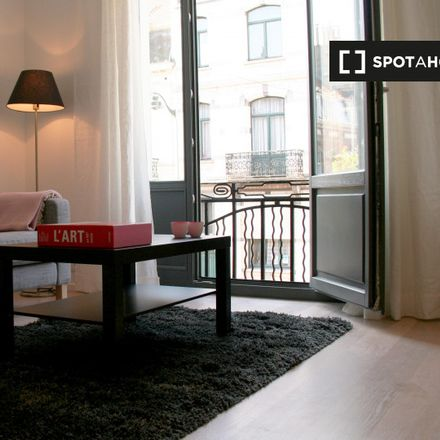 Rent this 1 bed apartment on Rue Moris - Morisstraat 35 in 1060 Saint-Gilles - Sint-Gillis, Belgium