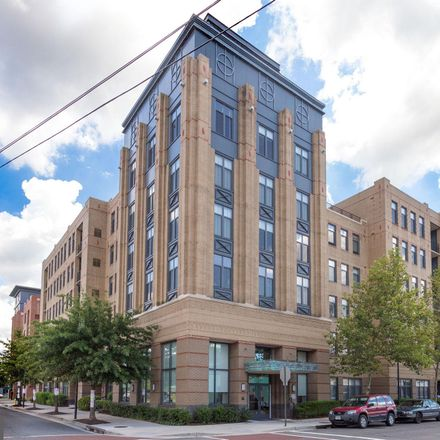 Rent this 2 bed condo on 525 North Fayette Street in Alexandria, VA 22314