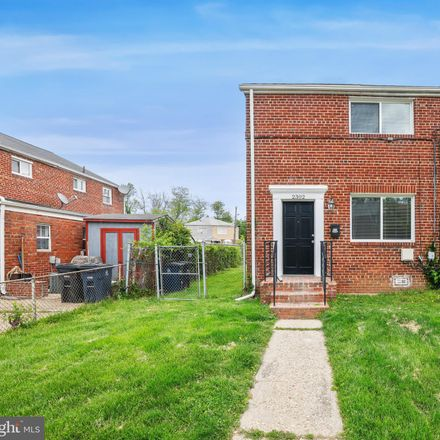 Rent this 3 bed townhouse on 2302 Wyngate Road in Suitland, MD 20746