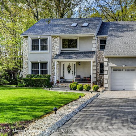 Rent this 4 bed house on 4 Oxford Ct in Matawan, NJ