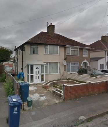 Rent this 5 bed house on 2 Lockheart Crescent in Oxford OX4 3RN, United Kingdom