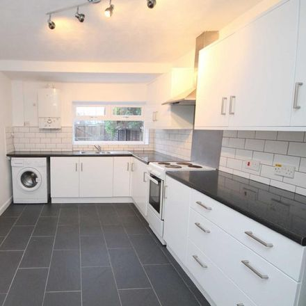 Rent this 3 bed house on Dixon Street in Swindon SN1 3JD, United Kingdom