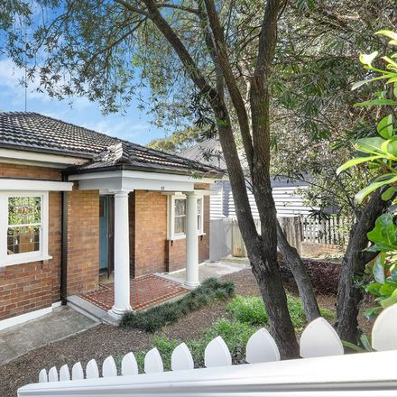 Rent this 3 bed house on 83 Hampden Road