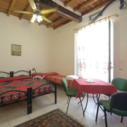 Rent this 0 bed apartment on Fiddler's Elbow in Via dell'Olmata, 43
