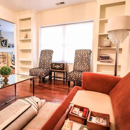 Rent this 2 bed condo on Roundwood Rd in Lutherville-Timonium, MD