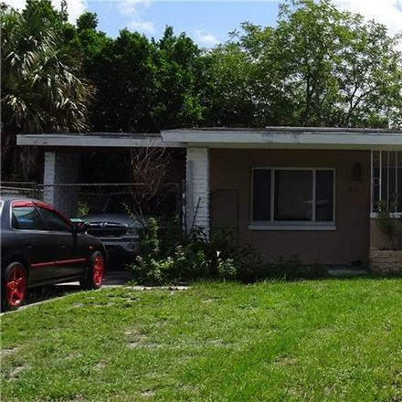 Rent this 3 bed house on Santee St in Orlando, FL