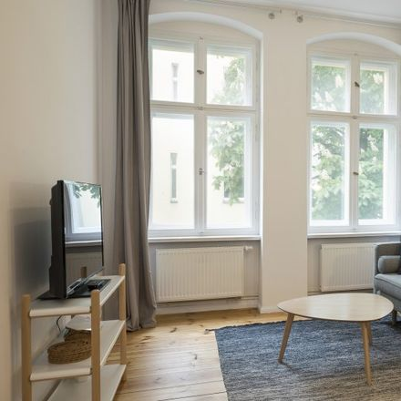 Rent this 1 bed apartment on 9 Monate Berlin in Schivelbeiner Straße, 10439 Berlin