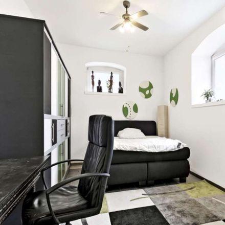Rent this 2 bed apartment on Schiersteiner Straße 8 in 65187 Wiesbaden, Germany