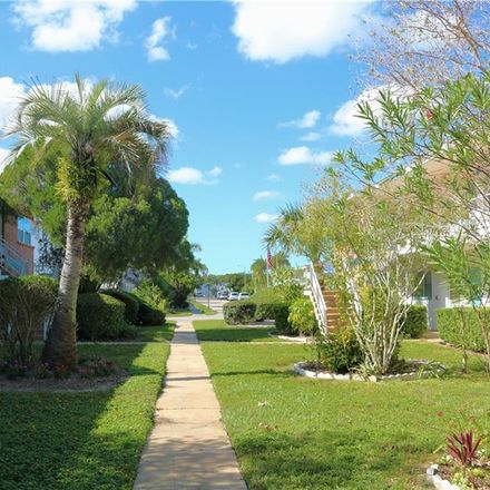 Rent this 1 bed condo on 18th Street North in Saint Petersburg, FL 33714