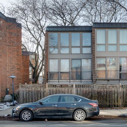 Rent this 1 bed condo on 2140-2148 North Lincoln Avenue in Chicago, IL 60614