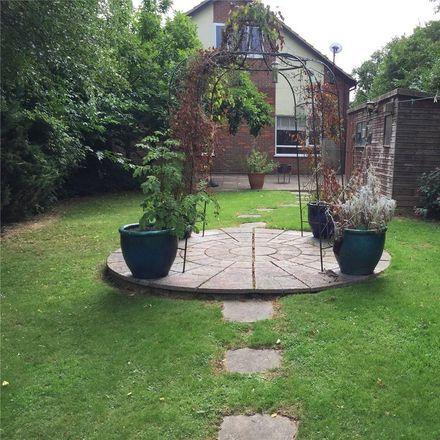 Rent this 5 bed house on Nash Lee Lane in Aylesbury Vale HP22 6BG, United Kingdom