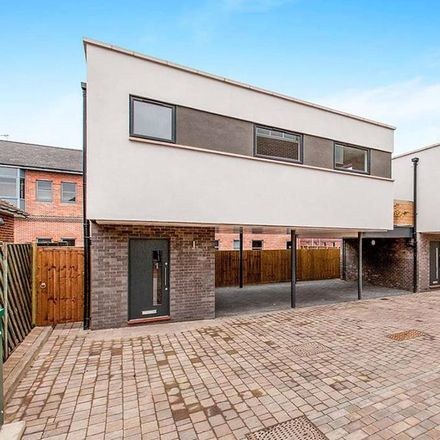 Rent this 1 bed apartment on Minster Court in York Road, Maidenhead SL6 1SQ