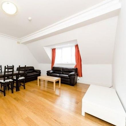 Rent this 3 bed apartment on 10 Warwick Road in London W5 3XJ, United Kingdom