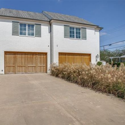 Rent this 3 bed duplex on 4619 Cowan Avenue in Dallas, TX 75209