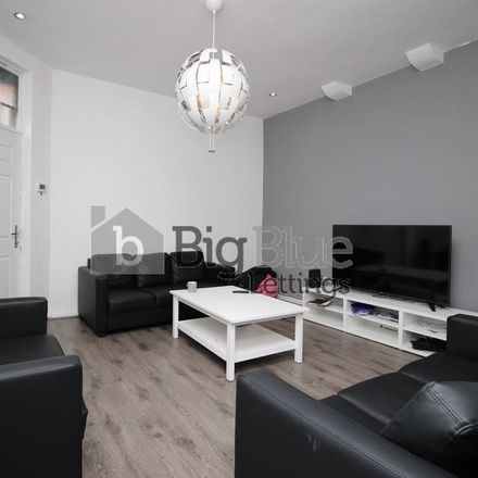 Rent this 5 bed house on Elizabeth Street in Leeds LS6 1JF, United Kingdom