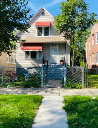 Rent this 4 bed house on 11810 South Parnell Avenue in Chicago, IL 60628