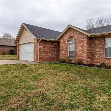 Rent this 3 bed house on 4455 West Chaparral Lane in Fayetteville, AR 72704