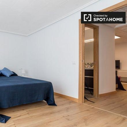 Rent this 2 bed apartment on Carrer de la Fusta in 46022 Valencia, Spain
