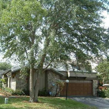 Rent this 3 bed townhouse on 11198 Marjoram Drive in Palm Beach Gardens, FL 33418
